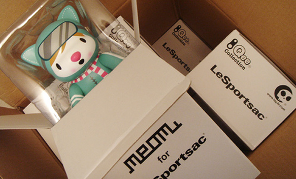 Meomi vinyl toy for Le Sport Sac
